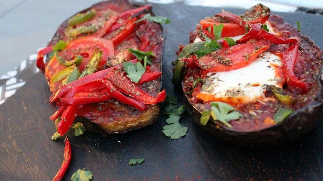 Atina Yunan Yemekleri Atölyesi ve Terasta Akşam Yemeği